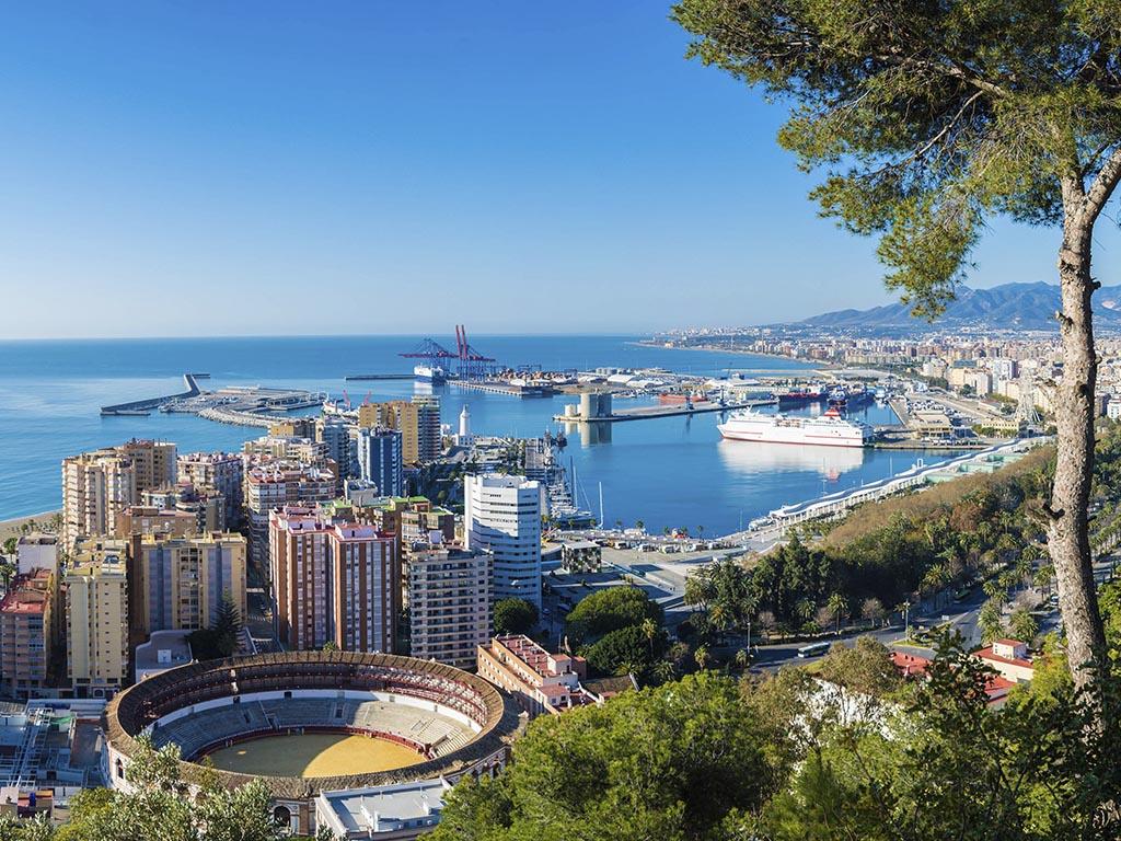 Vélez-Málaga Football University - Close city of Málaga